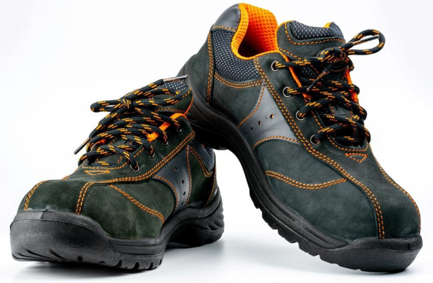 what are the best socks to wear with steel toe boots?